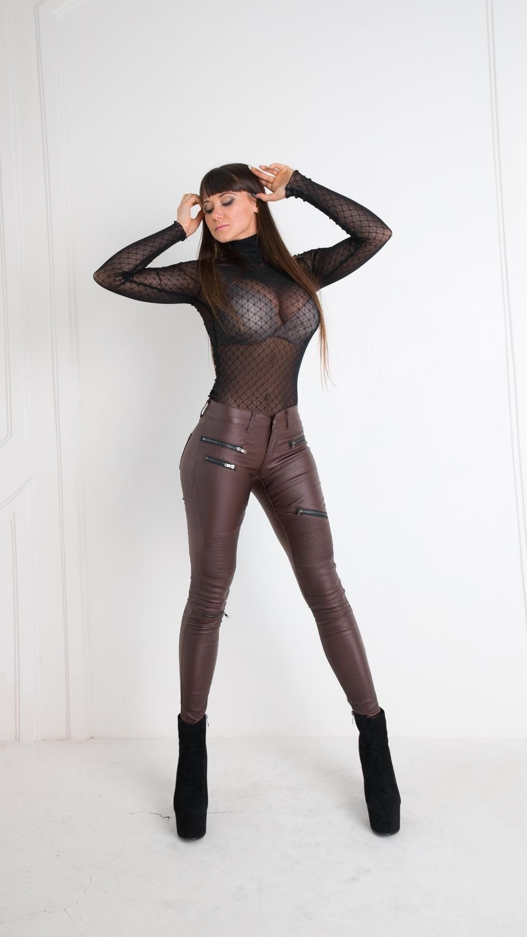 Under-Anything-Leggings-Brown
